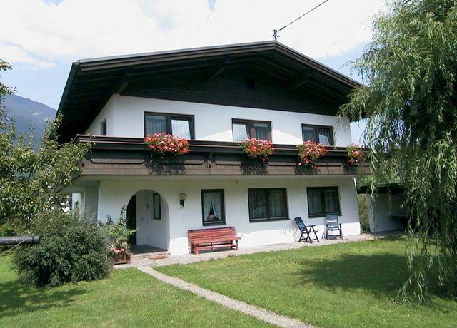 Landhaus-Markt-Haus.jpg