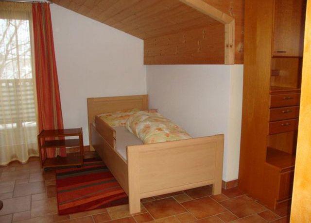 FW-Ostermann-Einzelbett.jpg