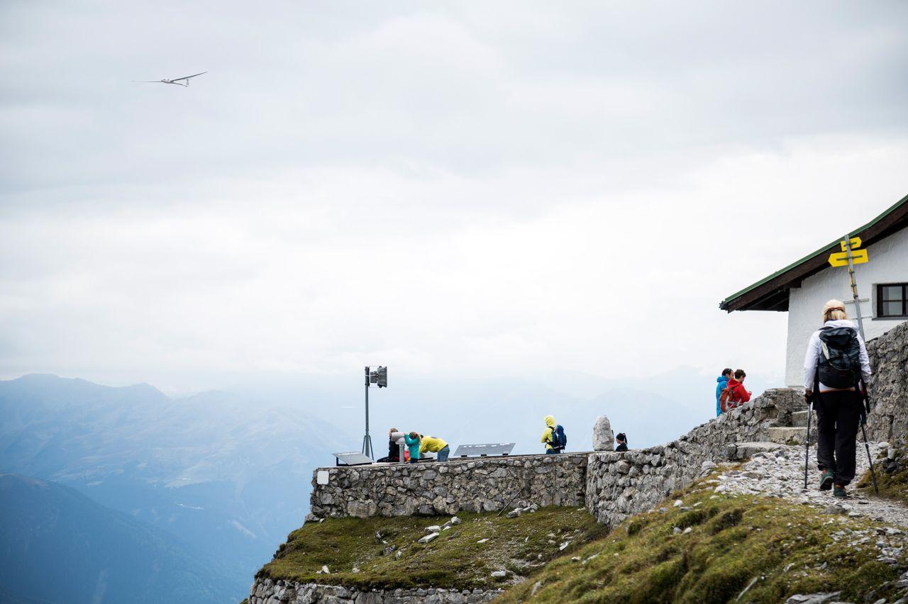 Eagle Walk Stage 12: Hallerangerhaus – Nordkette Innsbruck ...