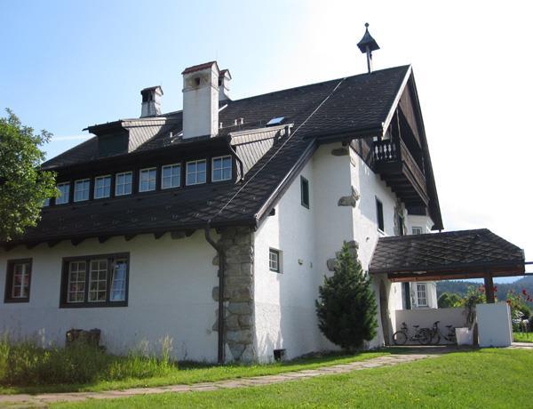 Landhaus Allmayer Beck mit Gloriettl