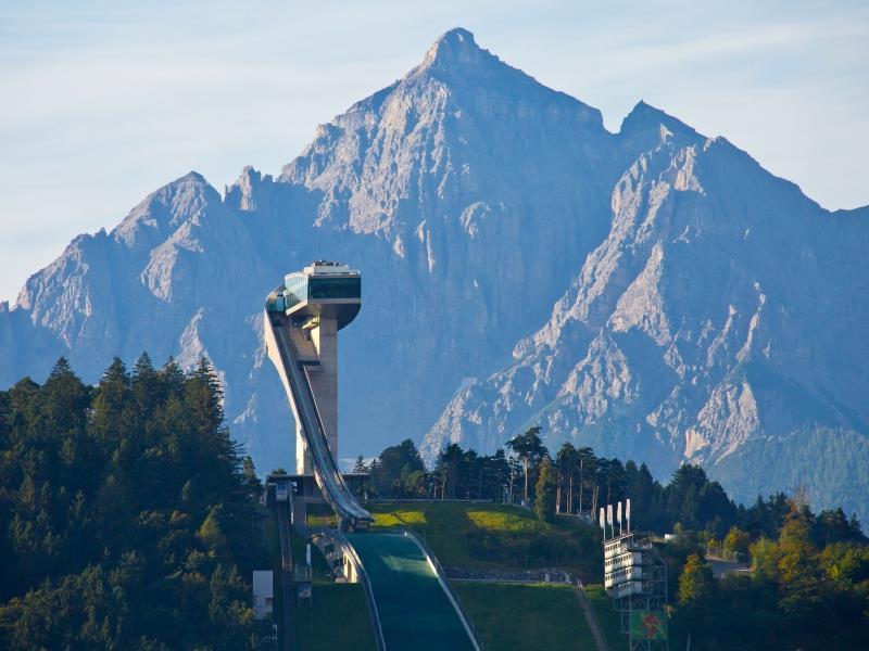 Heldenberg & Sportarena – der Bergisel