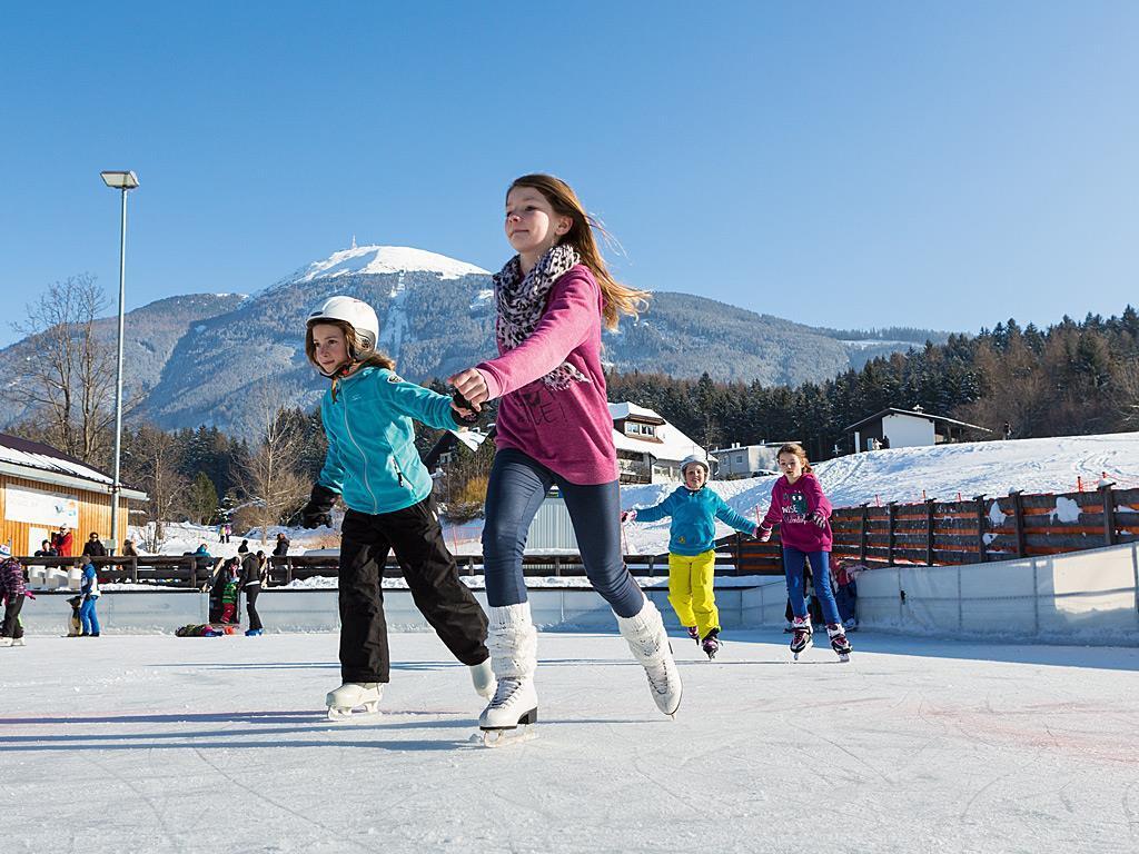 Schlittschuhverleih - Eislaufplatz Igls