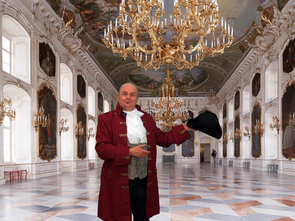 Hinter den Kulissen des Kaiserlichen Hofes