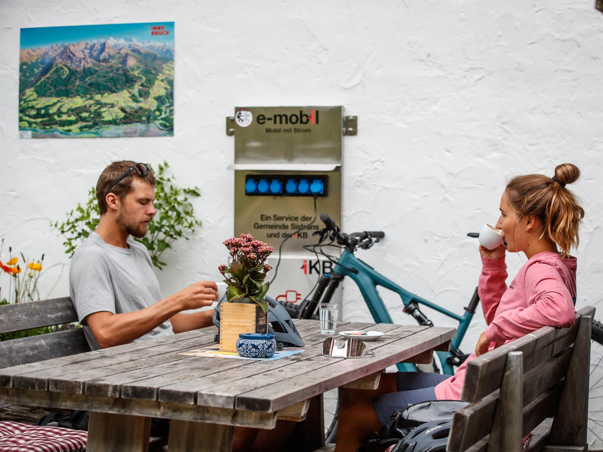 E-Bike Ladestation: Sistranser Alm