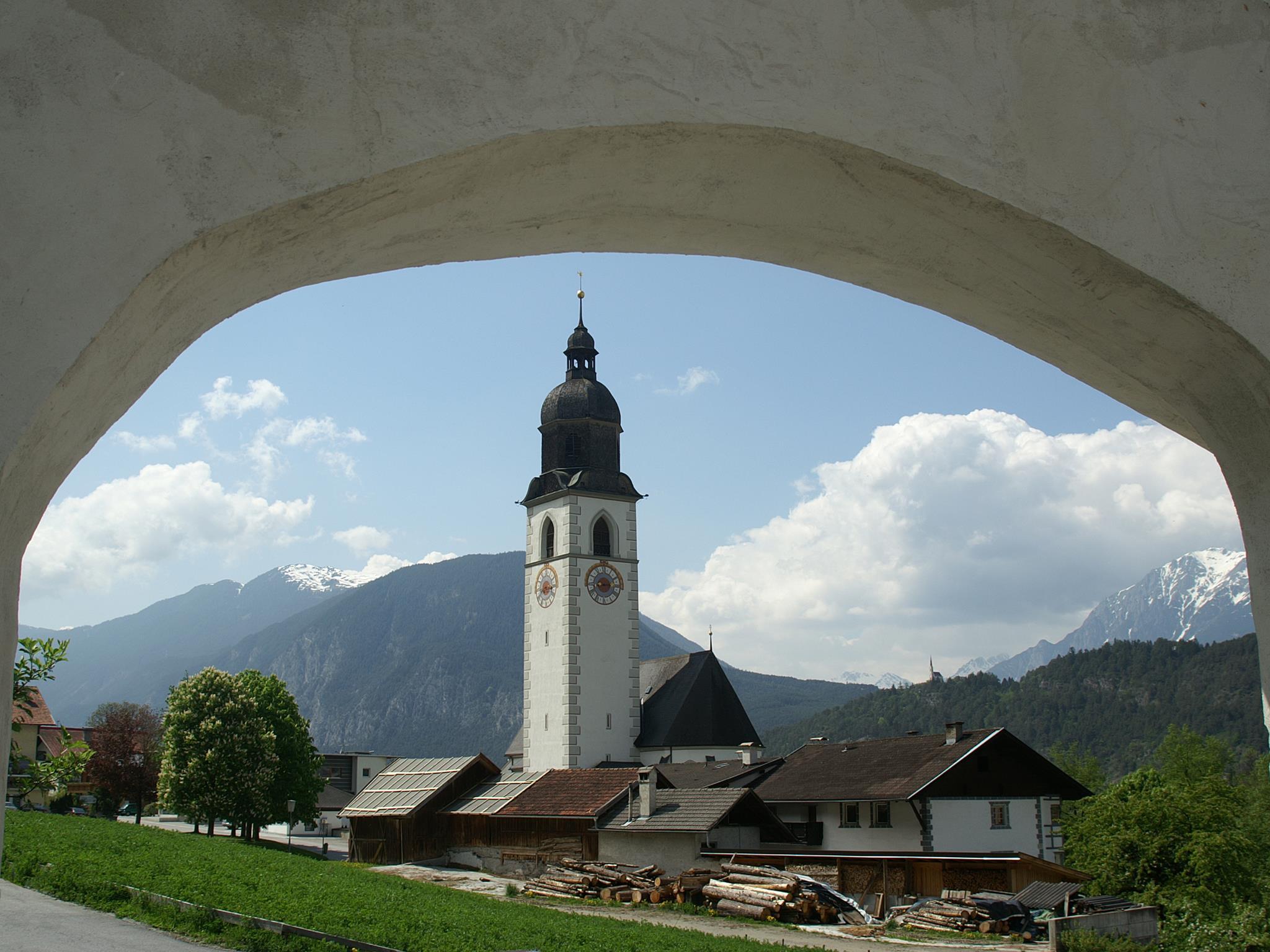 Pfarrkirche zum Heiligen Johannes dem Täufer