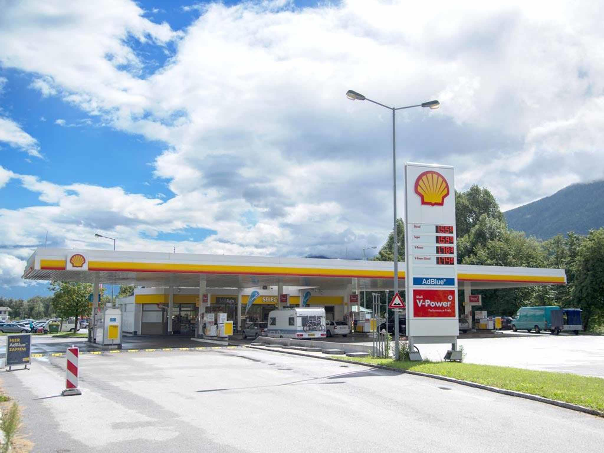 Shell Tankstelle Pettnau, gas station : innsbruck info