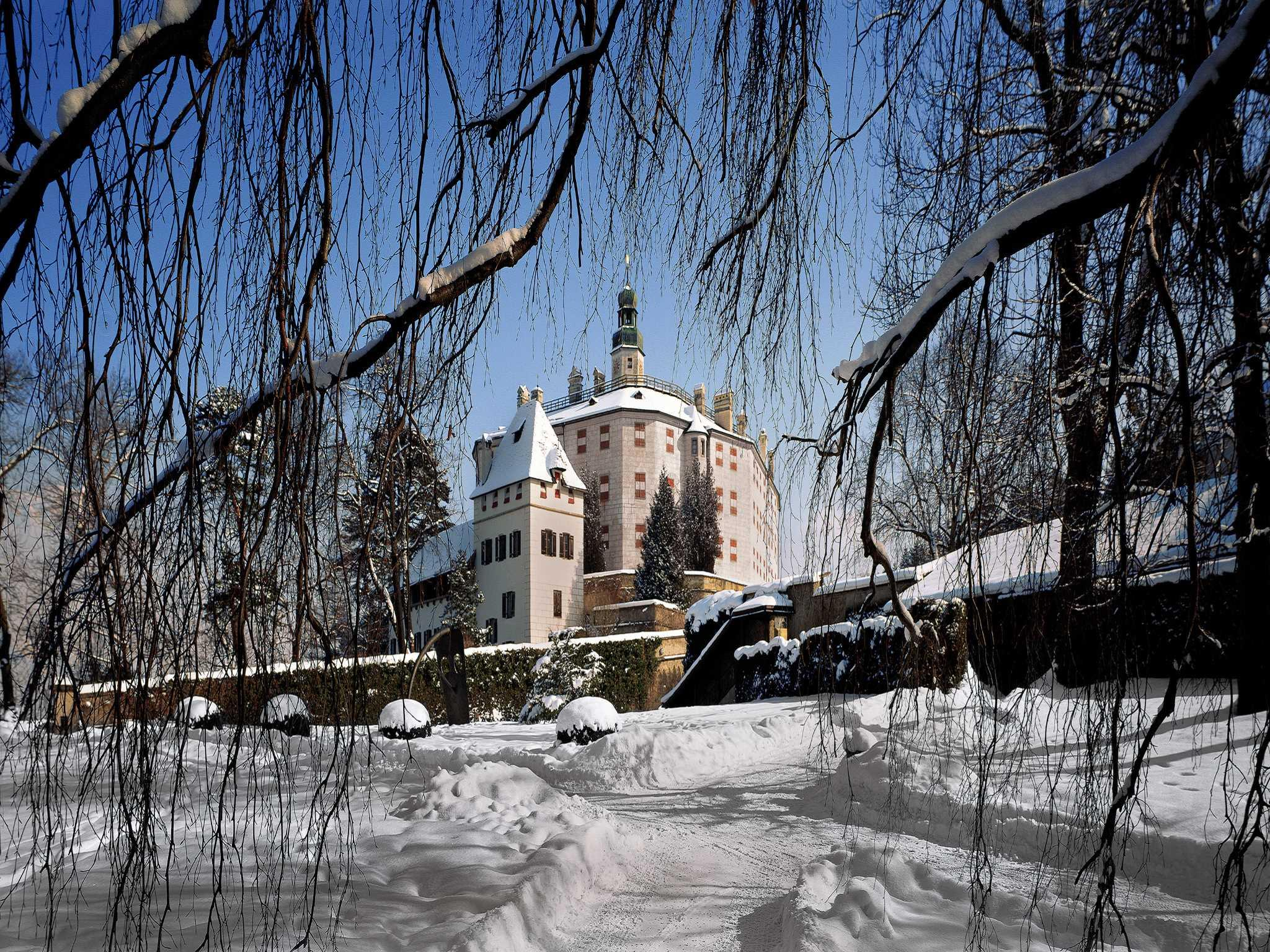 Schlosspark Schloss Ambras Innsbruck