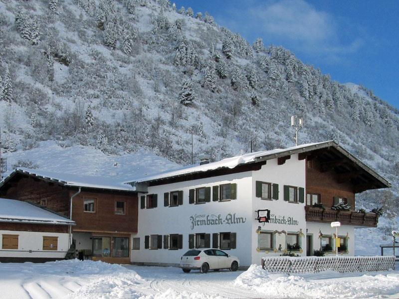 Zirmbachalm-Winter.jpg